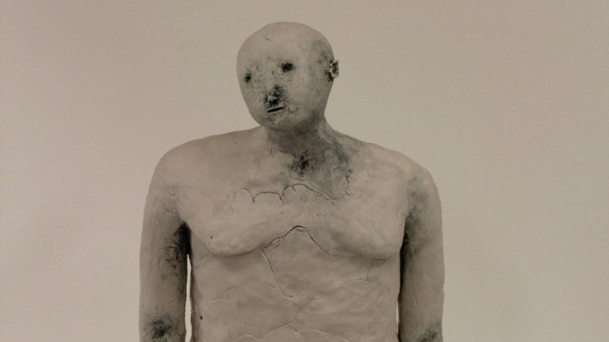Claire Curneen, Standing Woman, Ceramic Sculpture